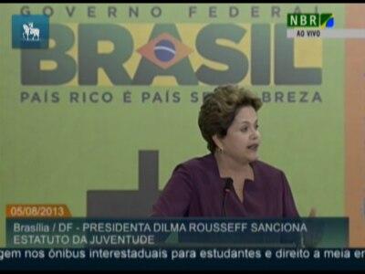 Dilma sanciona Estatuto da Juventude