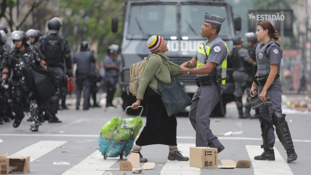 Reintegração causa tumulto no centro de SP