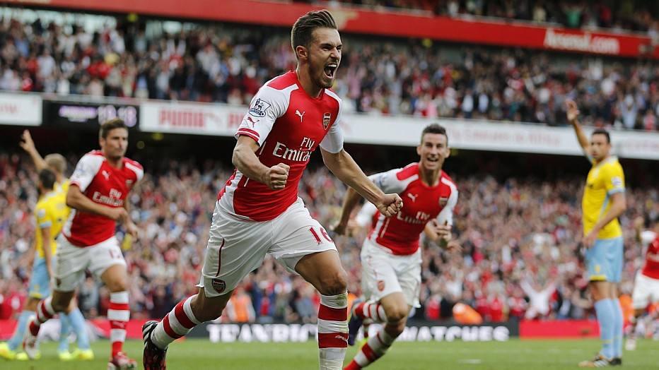 Em Londres, o Arsenal também não teve vida fácil e só ganhou nos acréscimos, com gol de Aaron Ramsey.