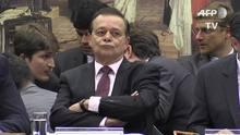 Deputados reagem a parecer favorável ao impeachment