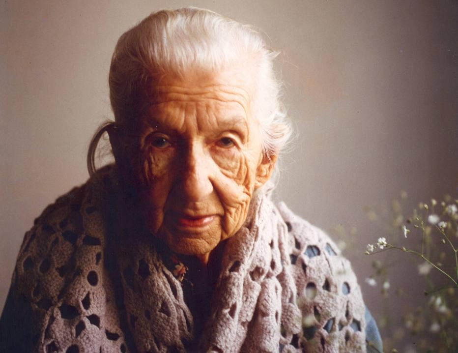 Filme retrata a vida de Cora Coralina com poemas e histórias