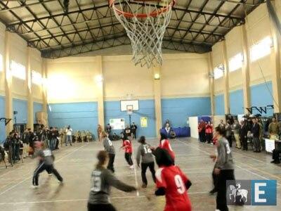 Equipe afegã de basquete celebra dia Internacional da Mulher