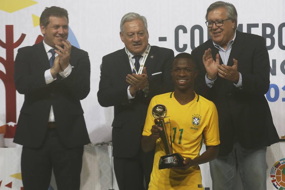Brasil ganha o sul-americano sub-17 e confirma domínio absoluto na categoria