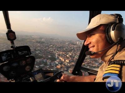 Equipe do JT pega carona no helicóptero do comandante Hamilton