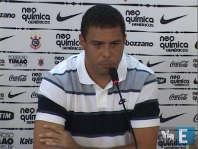 """Ronaldo: """"Encerro hoje minha carreira como jogador profissional"""""""