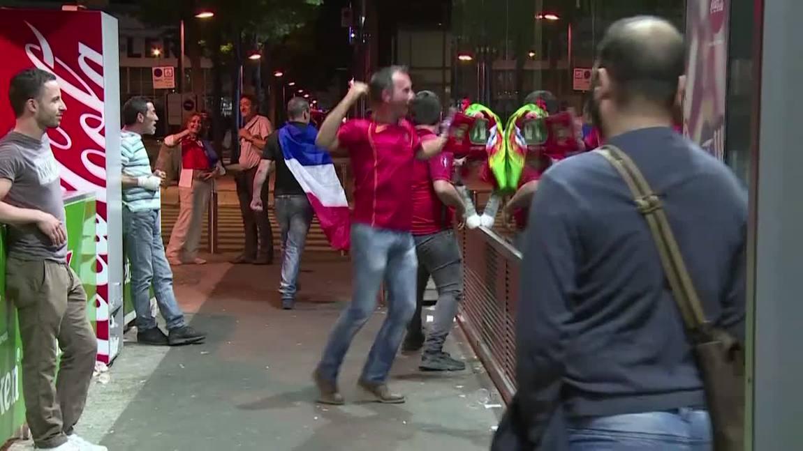 Comemoração, decepção e tumultos em Paris