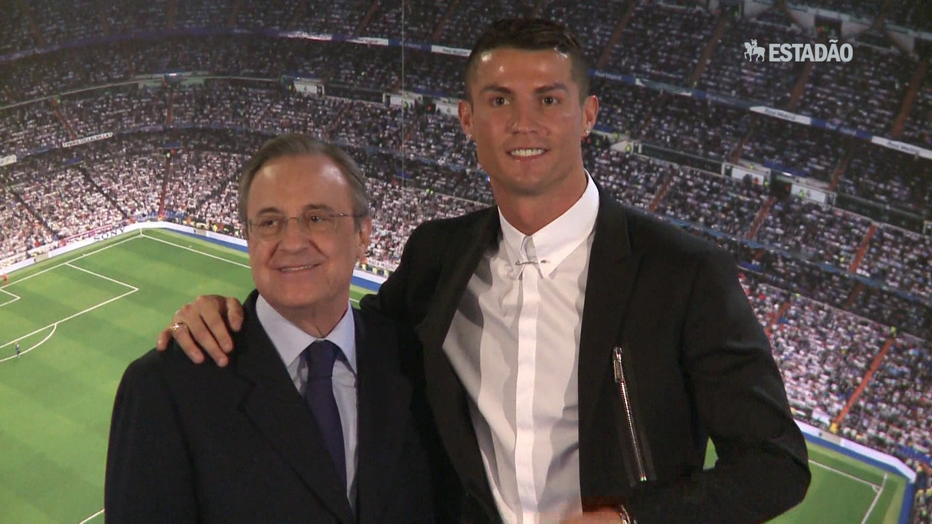 Cristiano Ronaldo ganha a Bola de Ouro pela quarta vez
