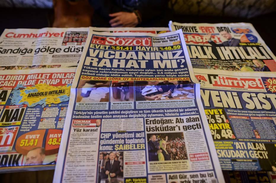 Principal partido da oposição da Turquia pede anulação do referendo