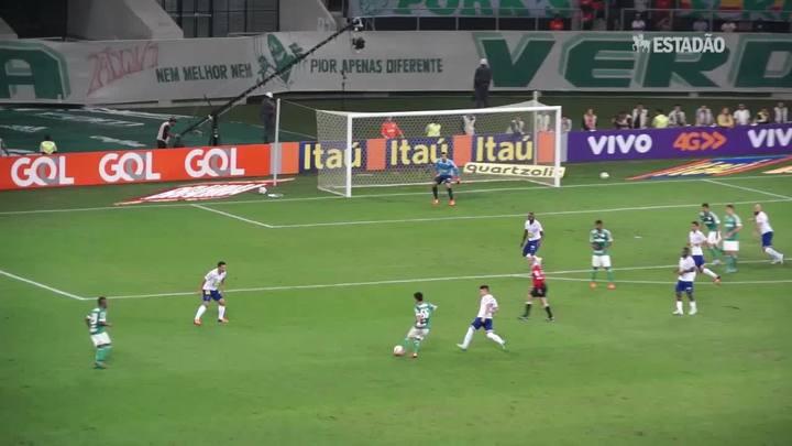 Lucas Barrios salva Palmeiras e consegue empate contra o Cruzeiro