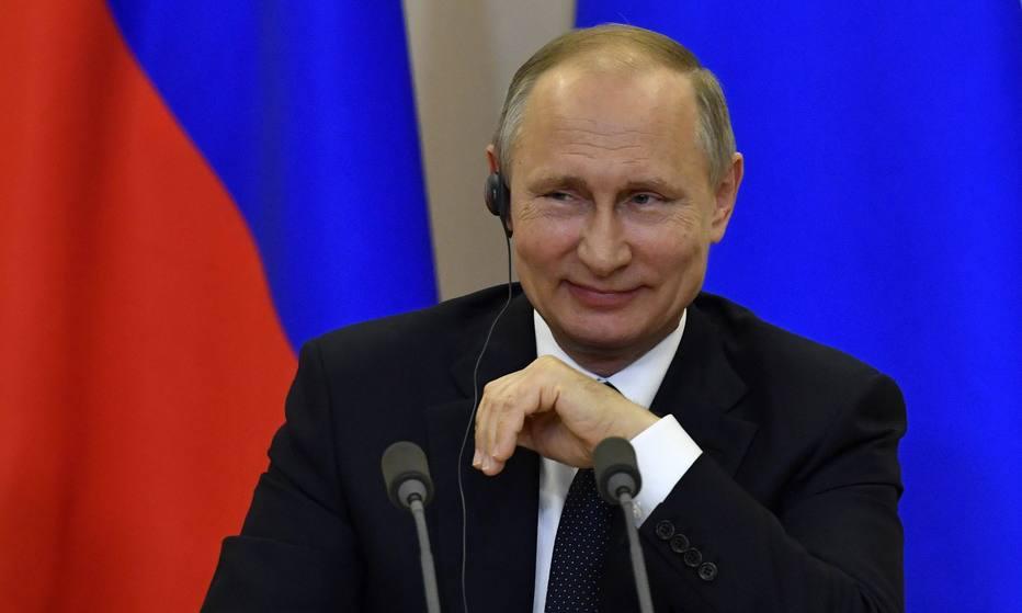 Presidente russo, Vladimir Putin, negou que Trump tenha passado informações secretas ao chanceler Serguei Lavrov