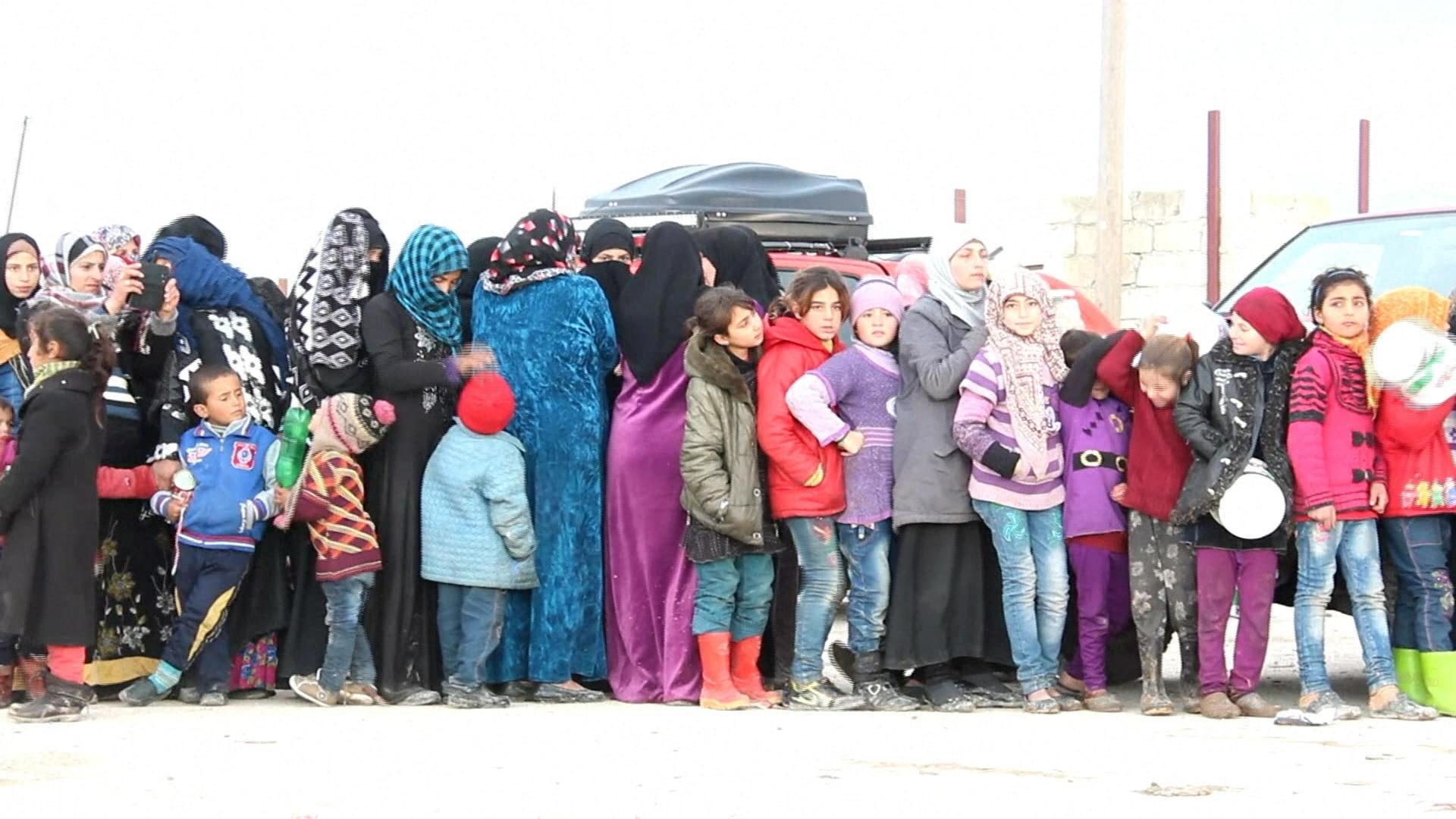Mais da metade da população síria saiu do país