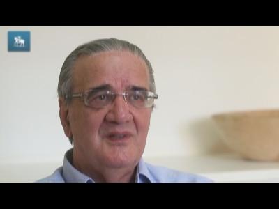 """Belluzzo: """"Câmbio está fora do lugar"""""""