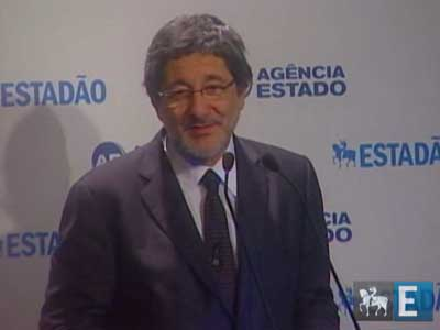 Mercado interno pode absorver parte da produção do pré-sal, diz Gabrielli