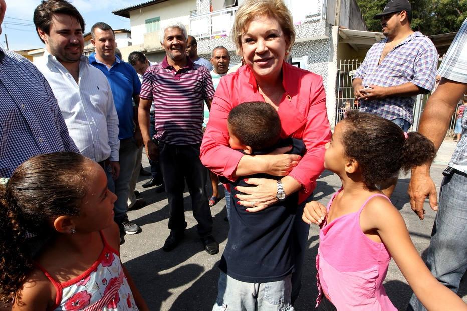 Marta Suplicy (PT-SP) em evento com moradores do Jardim Helena, zona leste da capital