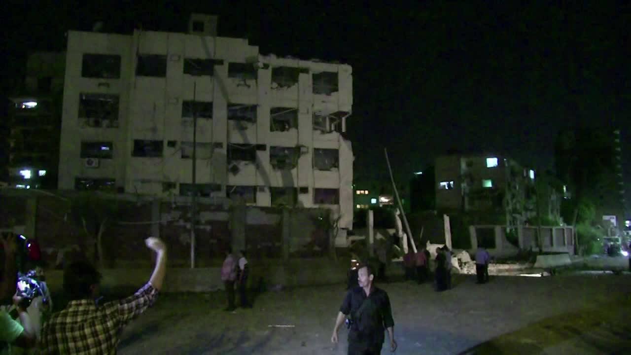 Carro-bomba fere 29 pessoas no Cairo