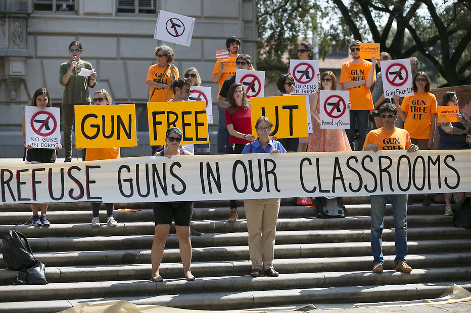 Ralph Barrera/Austin American-Statesman via AP