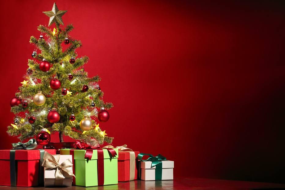 Veja os principais cuidados que você deve tomar com a árvore de Natal