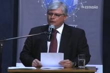 Janot ataca 'gestão desastrosa na Petrobrás' e defende prisão a corruptos e corruptores