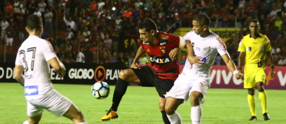 Kayke lamenta gol perdido no final e se diz frustrado com empate do Santos