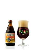 Entre as cervejas do Empório Sagarana que vão bem com um friozinho está a belgaMc Chouffe(R$ 29; foto). Do tipo ale, tem 8% de teor alcoólico e aroma frutado, é levemente maltada e fica melhor se não for servida bem gelada.R. Aspicuelta, 271, V. Madalena, 3031-0816. 14h/1h (dom., 14h/22h).