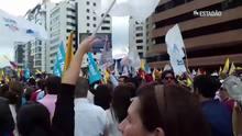 Equatorianos protestam contra demora na apuração das eleições