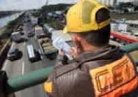 No primeiro semestre de 2015, a Companhia de Engenharia de Tráfico (CET) aplicou um total de 2.806.493 de multas em São Paulo. Confira a seguir as dez infrações mais cometidas pelos motoristas na cidade.