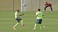 Nos tempos de Santos, Neymar costumava inovar e apostava em variações em seu visual. Quando se transferiu para o Barcelona, o contrato do atacante não permitia tais alterações