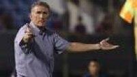 Partida amistosa contra o Cerro Porteño marcou a estreia de Edgardo Bauza no São Paulo.