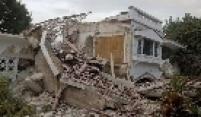 Casa destruída pelo terremoto que atingiu o Haiti na terça-feira