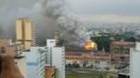 Corpo de Bombeiros enviou quase 40viaturas para tentar combater as chamas.<a href='http://sao-paulo.estadao.com.br/noticias/geral,incendio-atinge-o-museu-da-lingua-portuguesa,10000005428' target='_blank'>LEIA MAIS</a>