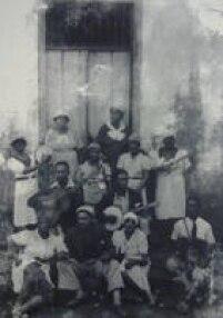 Em 1914, foi fundado o Grupo Barra Funda, primeiro cordão carnavalesco paulistano.