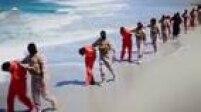 Outro vídeo do Estado Islâmico exibe a decapitação de dois grupos de prisioneiros em diferentes localidades da Líbia. Acredita-se que eram cristãos da Etiópia.
