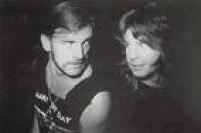 """Uma das maiores vozes do metal, Ozzy demonstrou pesar nas redes sociais. """"Perdi um dos meus melhores amigos... Te vejo do outro lado"""", disse o líder do Black Sabbath"""