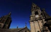 Operário trabalha naCatedral de Santiago de Compostela, em obras: ali estaria enterrado o apóstolo Tiago