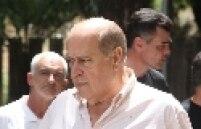 Romeu Queiroz, ex-deputado (PTB-MG) condenado a 6 anos e 6 meses por corrupção passiva e lavagem de dinheiro, se entregou no dia 15 de novembro na sede da Polícia Federal em Belo Horizonte (MG).