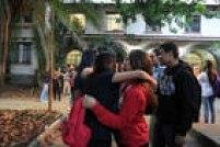 Alunos se reencontram nesta quarta-feira, 6, na Escola Estadual Fernão Dias Paes, no primeiro dia de reposição das aulas após o fim da ocupação das unidades contra a reorganização da rede que havia sido anunciada pelo governo Geraldo Alckmin (PSDB)