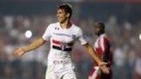 Calleri marcou duas vezes e o São Paulo conseguiu vitória fundamental sobre o River Plate no Morumbi