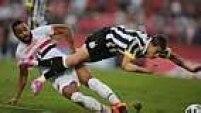O ataque santista não levou muito perigo ao gol de Rogério Ceni e só conseguiu chegar ao empate após Álvaro Pereira derrubar Rildo dentro da área.
