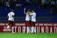 Red Bull consegue acabar com a invencibilidade do Santos em 2016 com vitória por 2 a 0.