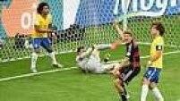 Sem Neymar, o time se mostrou perdido em campo e tomou cinco, do sete gols alemãos, só no primeiro tempo.