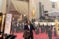 Internautas ironizam comentários de Glória Pires durante transmissão do Oscar na Globo