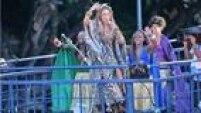 Show de Daniela Mercury começou por volta das 15h no Circuito Osmar, nesta terça-feira de Carnaval