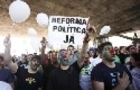 """Manifestação """"Basta Já"""" contra a corrupção realizada no vão do MASP, em São Paulo"""