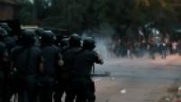 O movimento grevista já dura 3 meses e reivindica reajustes salariais. Estudantes e funcionários organizaram o trancaço de forma conjunta. Polícia Militar já liberou as entradas da universidade.