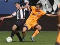 Rodriguinho se esforçou bastante para substituir Jadson, mas sentiu a falta de entrosamento na derrota do Corinthians por 1 a o para o Atlético-MG