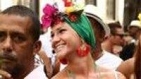 Manhã ensolarada empolga foliões no Rio