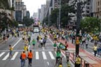 Marcado para começar às 15h, o ato contra o governo de Dilma Rousseff já recebia manifestantes desde o início da tarde