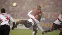 No ano seguinte, Lugano saiu rumo ao Fenerbahçe, da Turquia. Sua última partida com a camisa do São Paulo foi a final da Libertadores de 2006, quando o São Paulo perdeu o título para o Internacional.