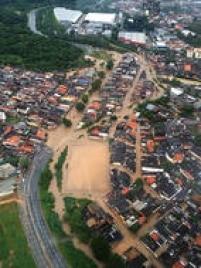 Vista aérea de Franco da Rocha, alagada pelas chuvas
