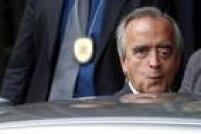 Além deste episódio, Baiano também afirmou ter se reunido com Bumlai e outros executivos da estatal no Rio para acertar o repasse de US$ 5 milhões para o ex-diretor da área Internacional da Petrobrás Nestor Cerveró e outros dois funcionários da petrolíferapagos pelo Grupo Schahin, pelo contrato de operação do navio-sonda Vitória 10.000.<a href='http://politica.estadao.com.br/blogs/fausto-macedo/delacoes-ligam-amigo-de-lula-e-operador-do-pmdb-a-acerto-de-propina-na-petrobras/' target='_blank'>Veja o depoimento</a>